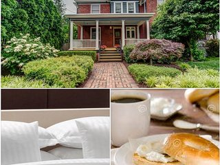 The Hamilton , Hosted Homestay, Free Parking, Wilmington