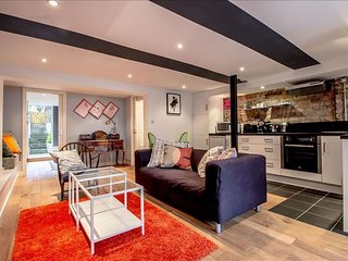Spacious Stunning Erlanger apartment in Greenwich with WiFi, gedeeld terras