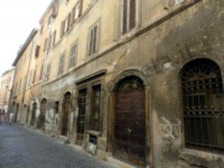 Roman Forum apartment