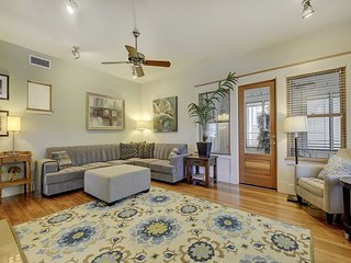 Downtown Locale on W 6th Street -- 5-Star Energy Efficient - Walk to Trails