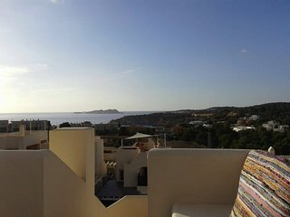 FAMILY NEW HOUSE  3 TERRACES SPECTACULAR VIEWS SWIMMING POOL, Cala Tarida