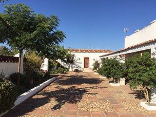 Casa Cortijo en dehesa de Extremadura, Mérida