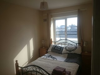 3 bedroom penthouse close to Guinness Storehouse, Dublin