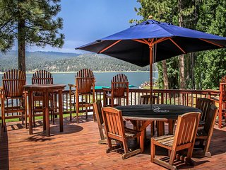~Lakefront Mountain~6 Bd~Immaculate Lake House~Pool Table~Fabulous Sun Deck~