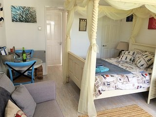 41890 Bungalow in Charmouth, Chideock