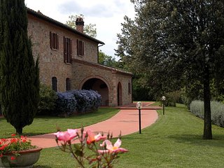 House with private garden Puccini