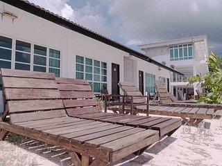 Labu Labi Residence Resort - Triple, Tanjung Rhu