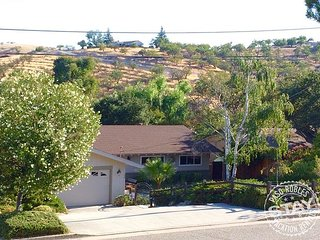 You will think you are in Tuscany with view! Next to downtown Paso, Paso Robles