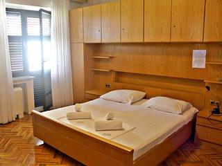 KAROLIN double room with balcony :), Dubrovnik