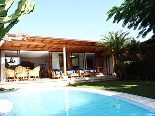 Luxury Villa with private pool., La Playa de Tauro