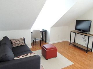 Convenient comfort Room Close to T &Boston_3A