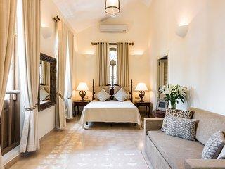 Luxury 4bhk Villa with Pool, Vagator
