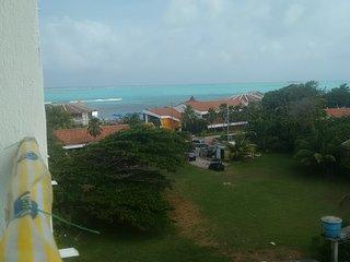 Apartamento economico y central, piscina y playa