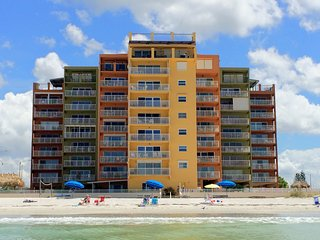 Charming 1 Bedroom Condo on Gulf of Mexico Beach