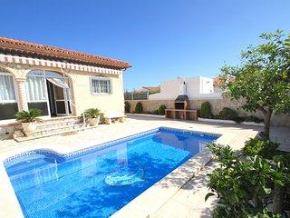 CASETA Villa piscina, jardin, BBQ, Wifi gratis