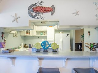 Winter Rental Available 15% Monthly Rate! Fun, Upgraded 2 Bed 2 Bath  Condo, Destin