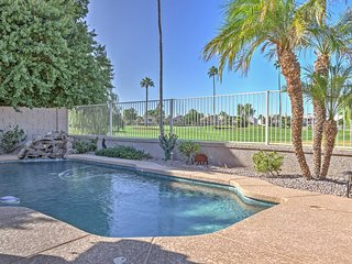 Beautiful Glendale Home w/Pool & Golf Course Views