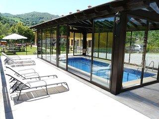 Estudio 2 personas con piscina climatizada, Corao