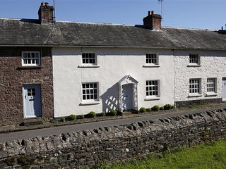 Myrtle House (MYRTL), Llanfrynach