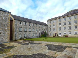 THE MILL, first floor apartment, games room, bowling green, Smart TV, WiFi