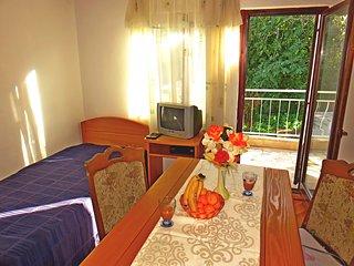 Apartments Antonia - 24751-A4, Arbanija