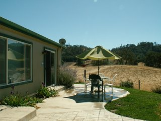 Close to SLO, Cal Poly, Beaches, Free Wine Tasting