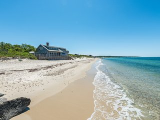 GRUNM - Waterfront and Beachfront, Vineyard Haven