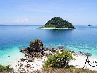 Sailing Yacht ASIA - Luxury yacht charters in the Mergui Archipelago, Burma