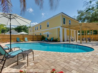 Centrally located  - Pool - F3