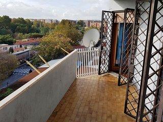 TRASTEVERE/SERRA: Panoramic, luxury, lighty, 4th fl, terraces, free parking,, Rome
