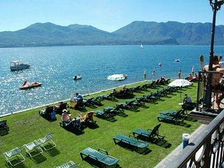 Residence sul Lago IRIS a