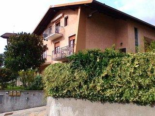 Casa Mami per 8 persone vista monti e lago d'Iseo, Costa Volpino