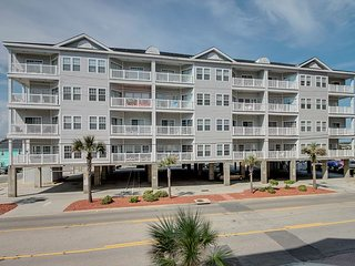 Spacious 6 bedroom, 4 bathroom, 2nd row condo at Pier Watch II