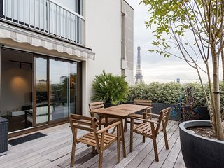 2 bedroom apartment of 65m2 + 40m2 terrace, La Tour-du-Pin