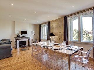 Appartement Château Pontet Canet ***** - YBH