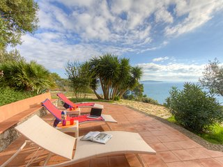 ♥Monte Argentario♥8guests Fully Equipped Kitchen Furnished Terrace Beach at 5min, Cala Piccola