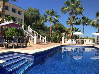 Exclusive villa on the Costa del Sol, 12-16 guests