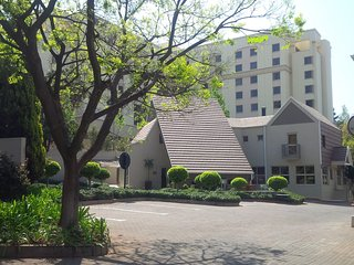 Luxurious Apartment Suites Sandton +FREE Benefits
