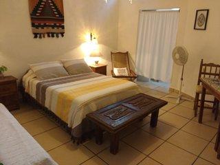 Casitas Kinsol Guesthouse -Room 5- Puerto Morelos