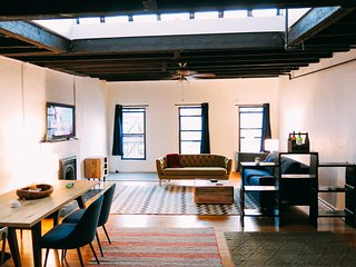 Remarkable and spacious 2BR loft in Manhattan