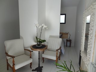 Studio entree independante, jardin, parking prive