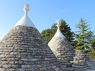 Trulli and Villa Camilla
