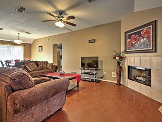 NEW! 3BR Houston Area Home w/ Updated Interior!