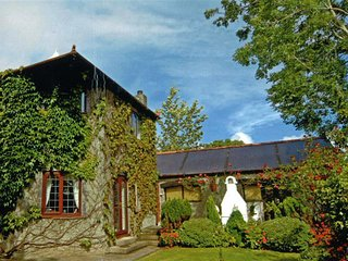 Sequoia Lodge  (999), Hundleton