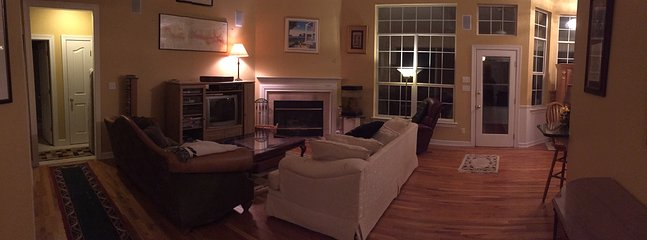 Peaceful, Relaxing Great Room with Surround Sound