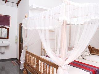 Girilena Guest House