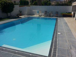 Superb, Pissouri Beach Villa, Private Pool & Car - Apollonas Villa