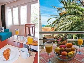Apt 1 in Luxurious Seaview Pool Villa  sleeps 2+2, Plat