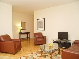 LOVELY, COZY AND SPACIOUS 1 BEDROOM, 1 BATHROOM APARTMENT, New York City