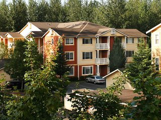 Beautiful 2 Bedroom Apartment, Brier